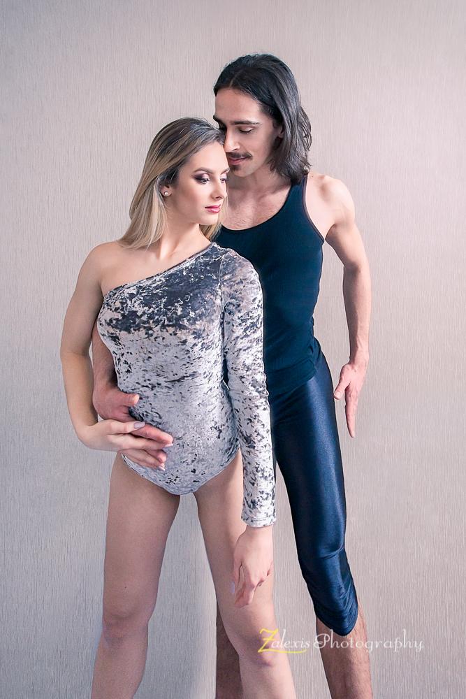 Zalexis Photo-sedinta foto cu dansator de dans sportiv si o gimnasta