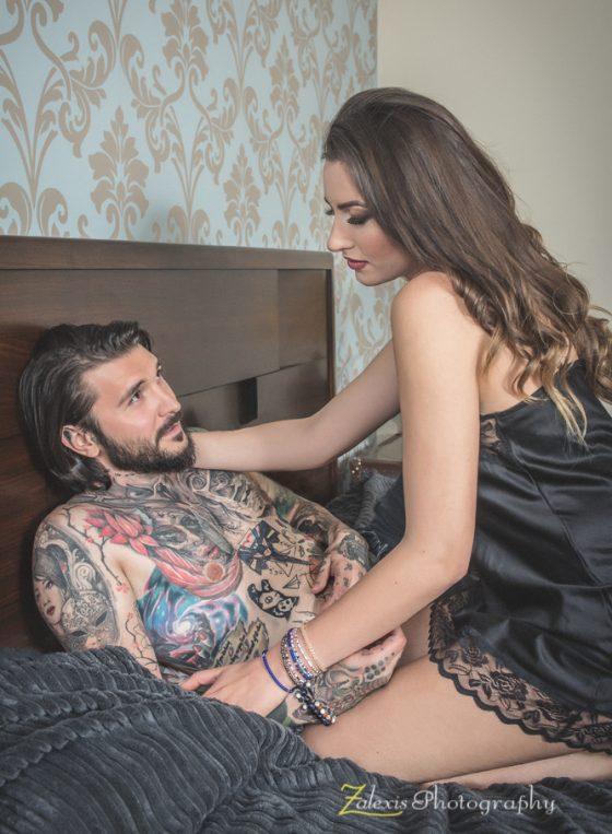 Zalexis Photography - Sedinta foto de boudoir de cuplu, in apartament, in Bucuresti