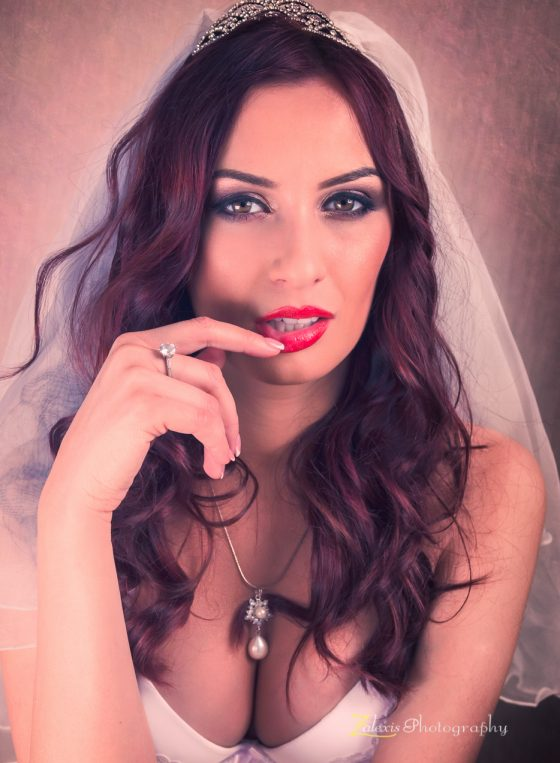 Zalexis Photography - Sedinta foto profesionala de boudoir pentru o viitoare mireasa, in studio, in Bucuresti